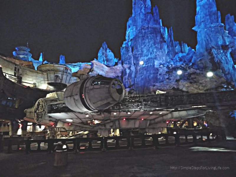 Out Of This World - Star Wars: Galaxy's Edge