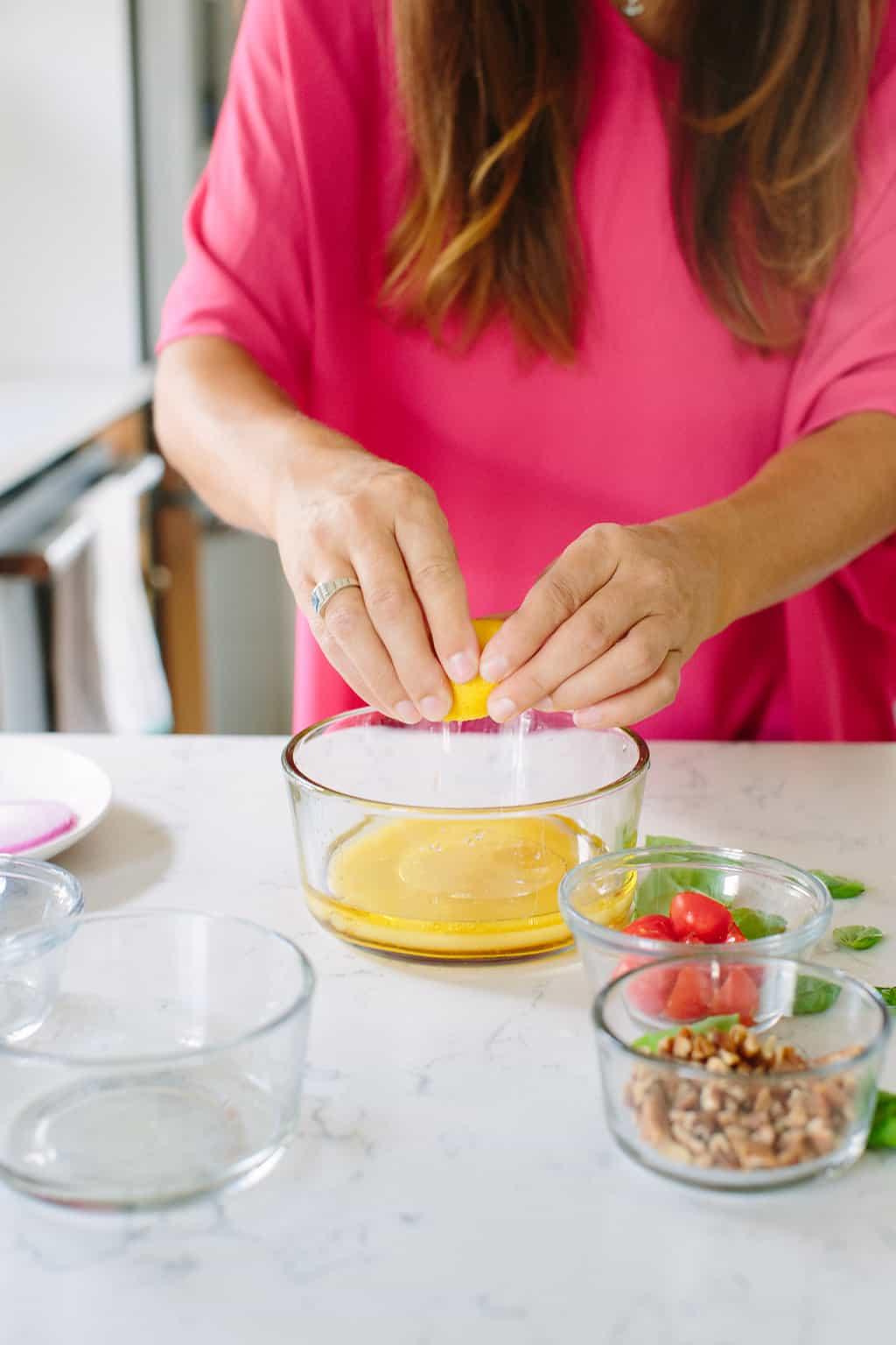 Citrus-Honey-Vinaigrette-Salad-Dressing-lemon