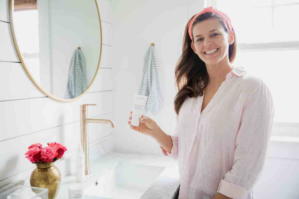 Healthy Habits: My Nighttime Skincare Routine with Maelove + Simple Stylings + The Exfoliator