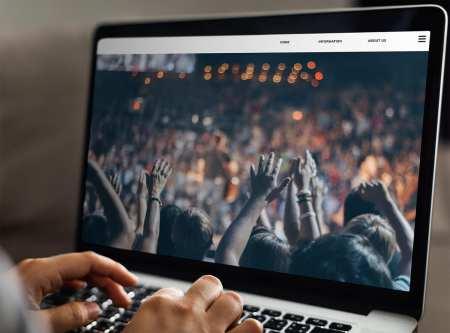 Coronavirus Plague Brings the Global Church Into New Digital Spaces