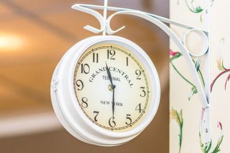 clock-772953_960_720