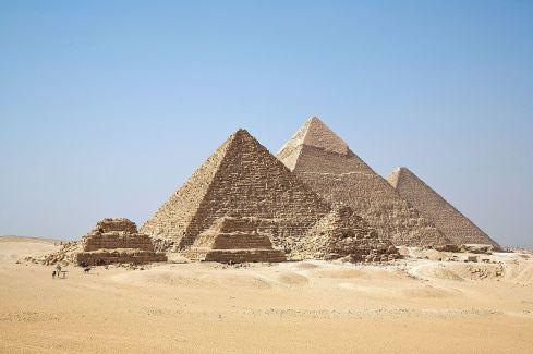 GizaPyramids_1