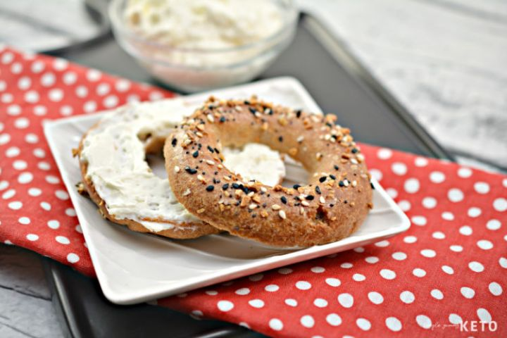 easy keto and low carb bagel recipe
