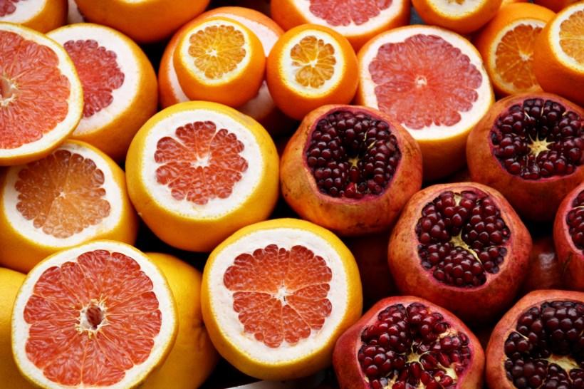oranges / pomegranate