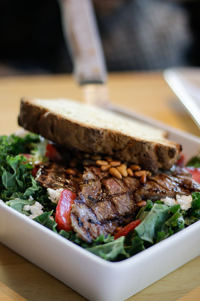 seattle organic restaurant - steak salad