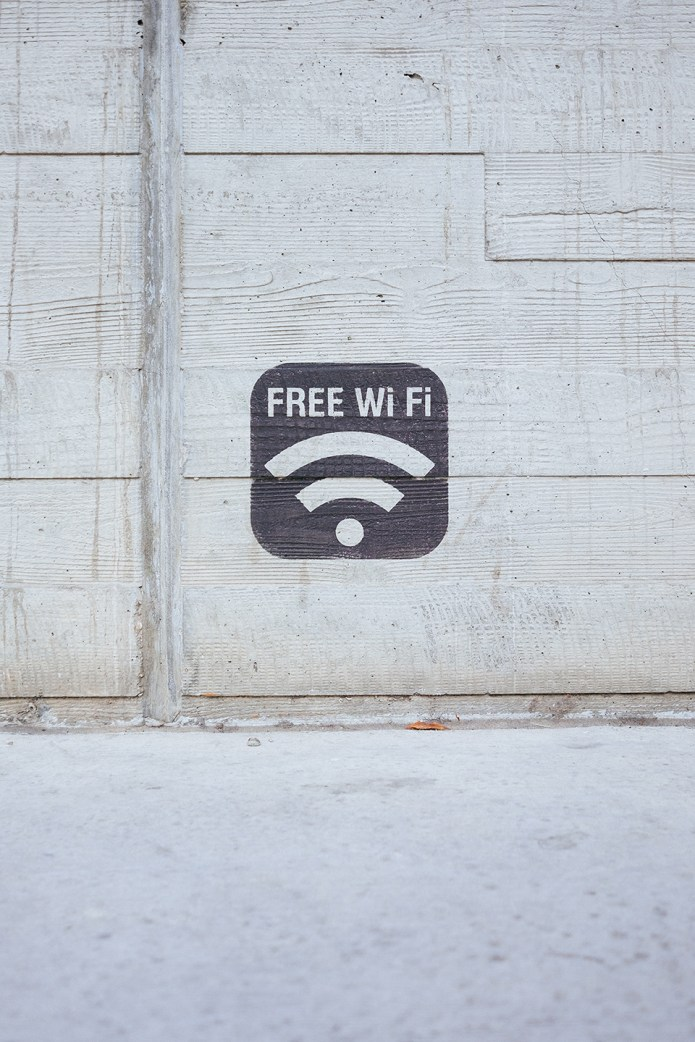 Wifi puts of EMF and electromagnetic radiation