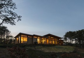 Long-Dune-Residence-by-Hammer-Architects-2