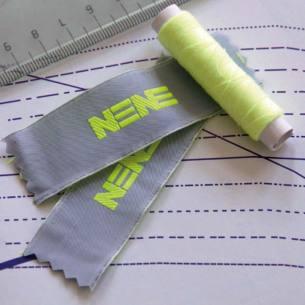 Etiketten eigenes Logo Nominette