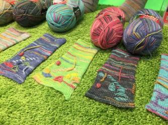 Opal begeisterte mit einer neuen Verzierungstechnik für Socken und Co.!