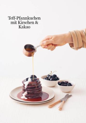 Rezept - Teff-Pfannkuchen mit Kirschen Kakao - Healthy Vegan 04/2019