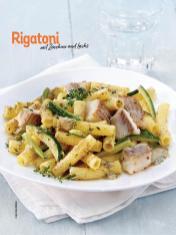 Rezept - Rigatoni mit Zucchini und Lachs - Simply Kochen Sonderheft Nudeln