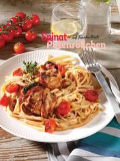 Rezept - Spinat-Putenröllchen auf Tomaten-Pasta - Simply Kochen Sonderheft Sommerrezepte 01/2020