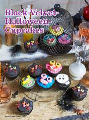 Rezept-Black-Velvet-Halloween-Cupcakes-Simply-Backen-Kollektion-Torten-Kuchen-0121
