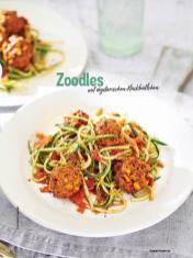 Rezept - Zoodles mit vegetarischen Hackbällchen - Simply Kochen Nudeln 04/2020