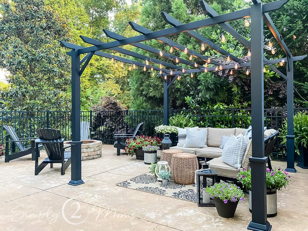 simple summer styling for your patio