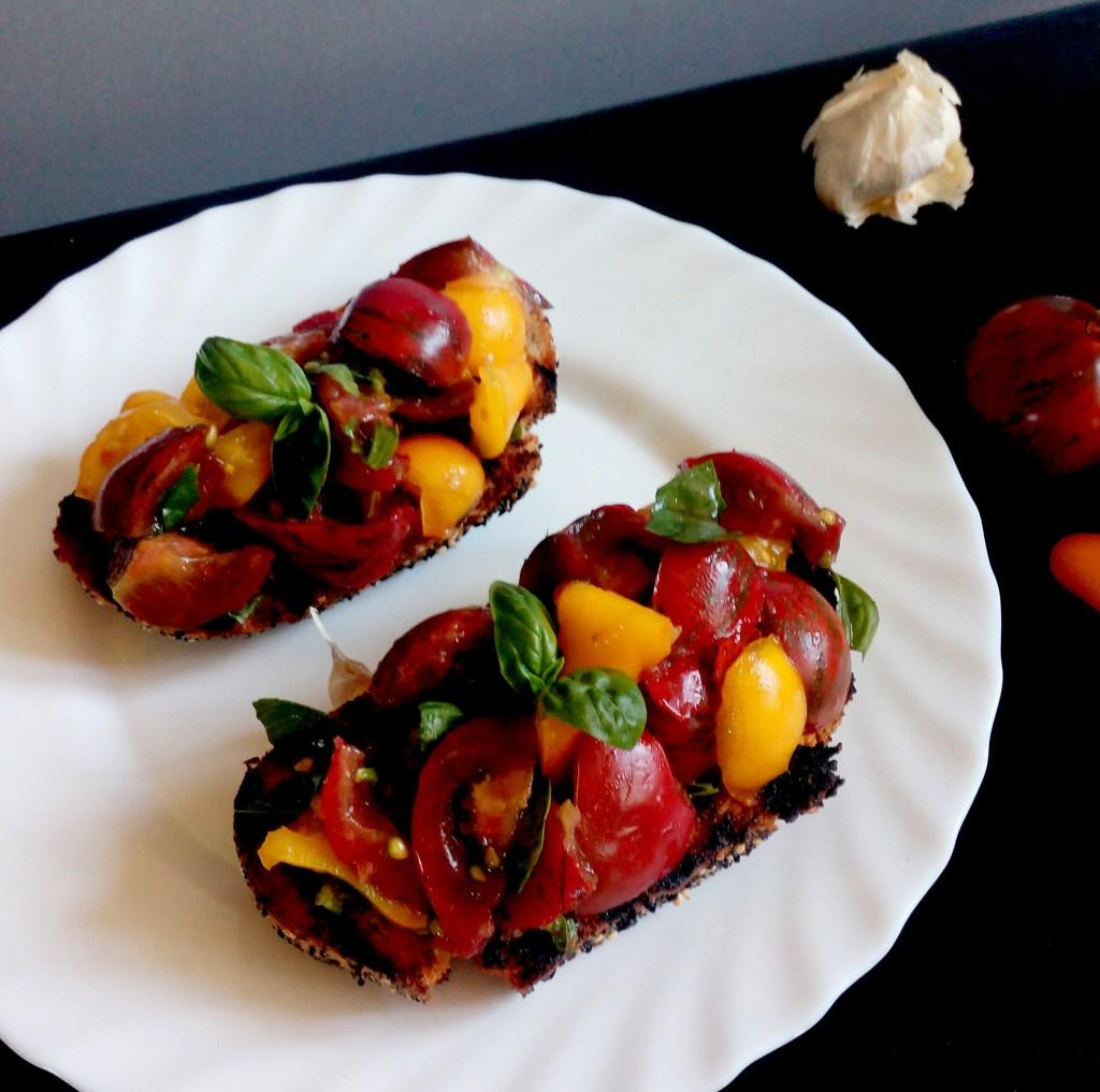 Tomatoes and Basil Bruschetta | simplyanchy.com