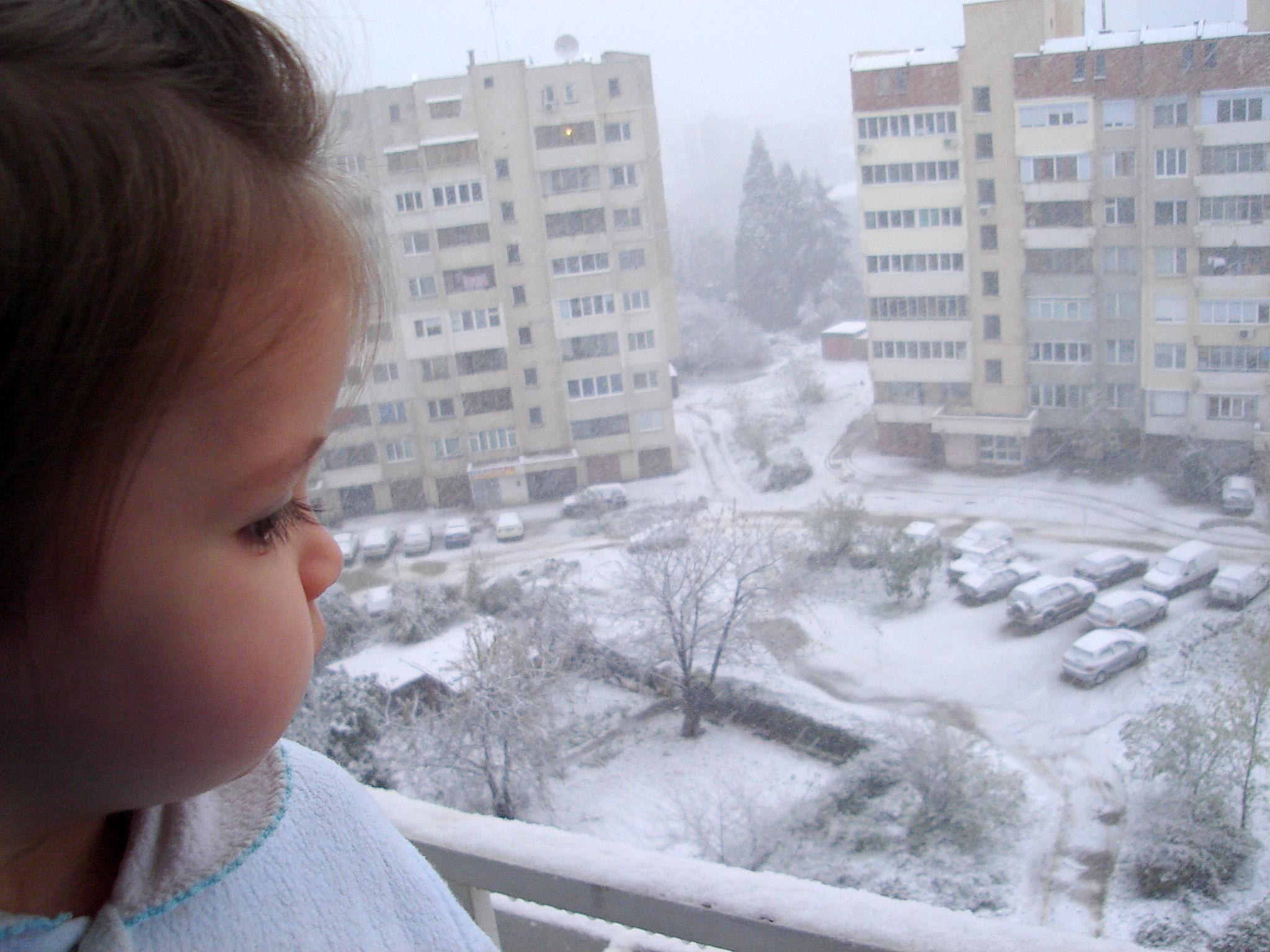 снегът и Ния - 9 месеца по-късно