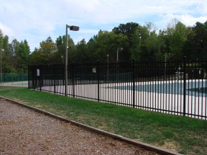 commercial custom fencing