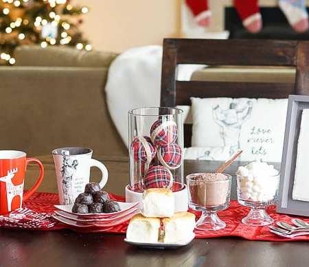 Holiday Hot Cocoa Bar