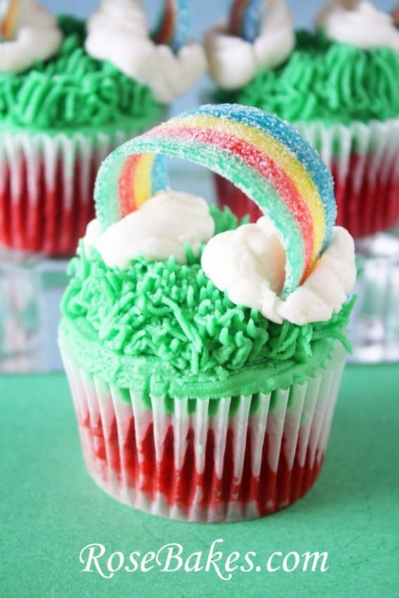St-Patricks-Day-Rainbow-Cupcakes-with-Sour-Powers-101-590x885
