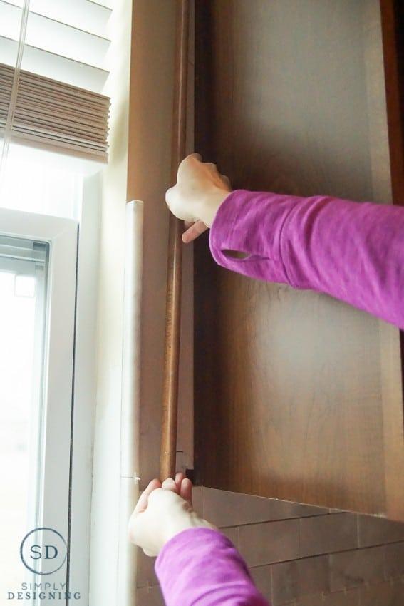 remove cabinet trim