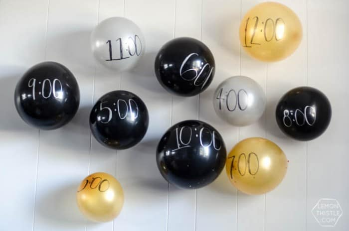nye-balloon-wall-1412138