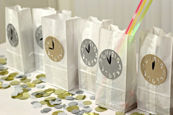 new-years-eve-countdown-bags-1024x683