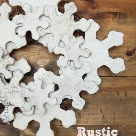DIY Rustic Snowflake Wreath