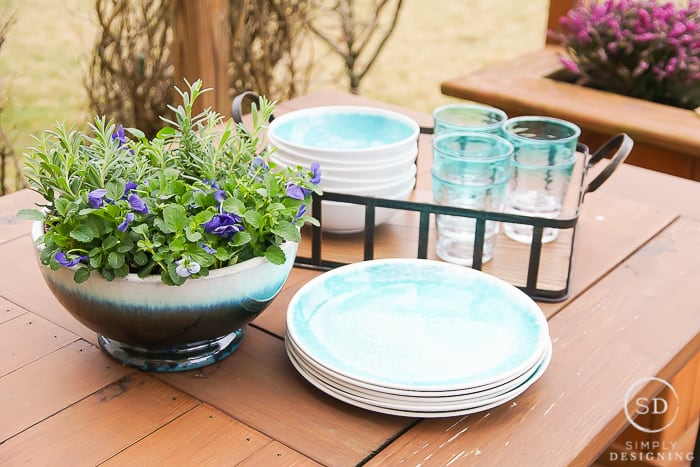 A Farmhouse Outdoor Living Space Update in Just a Few Minutes on Farmhouse Outdoor Living Space id=77804
