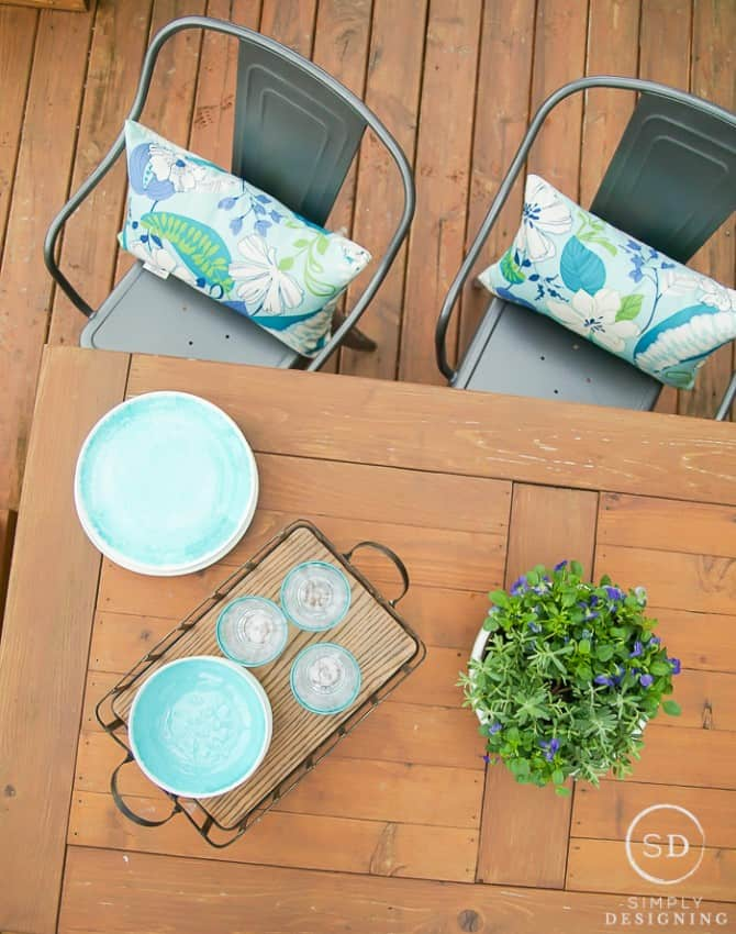 A Farmhouse Outdoor Living Space Update in Just a Few ... on Farmhouse Outdoor Living Space id=60042