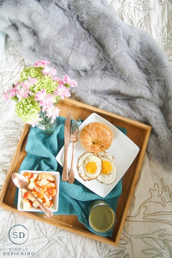 How to Make the Perfect Mother's Day Breakfast in Bed