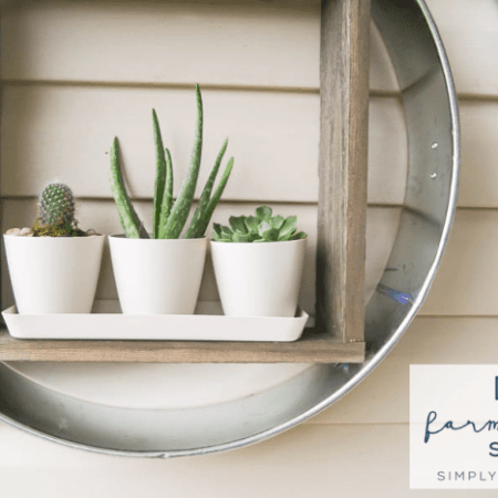 DIY Farmhouse Shelf - perfect shelf to add to your home to create a pretty farmhouse look