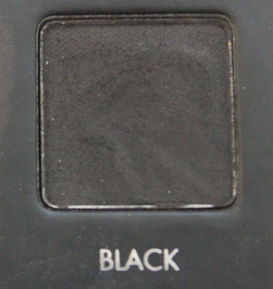 LORAC Pro palette : Festive Smokey Eye Look (4/6)