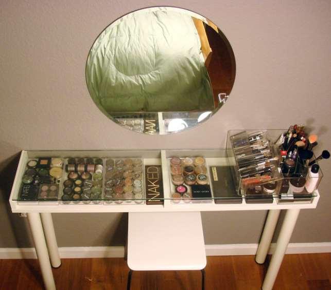 23+ DIY Makeup Room Ideas, Organizer, Storage and Decorating on Make Up Room Ideas  id=13729