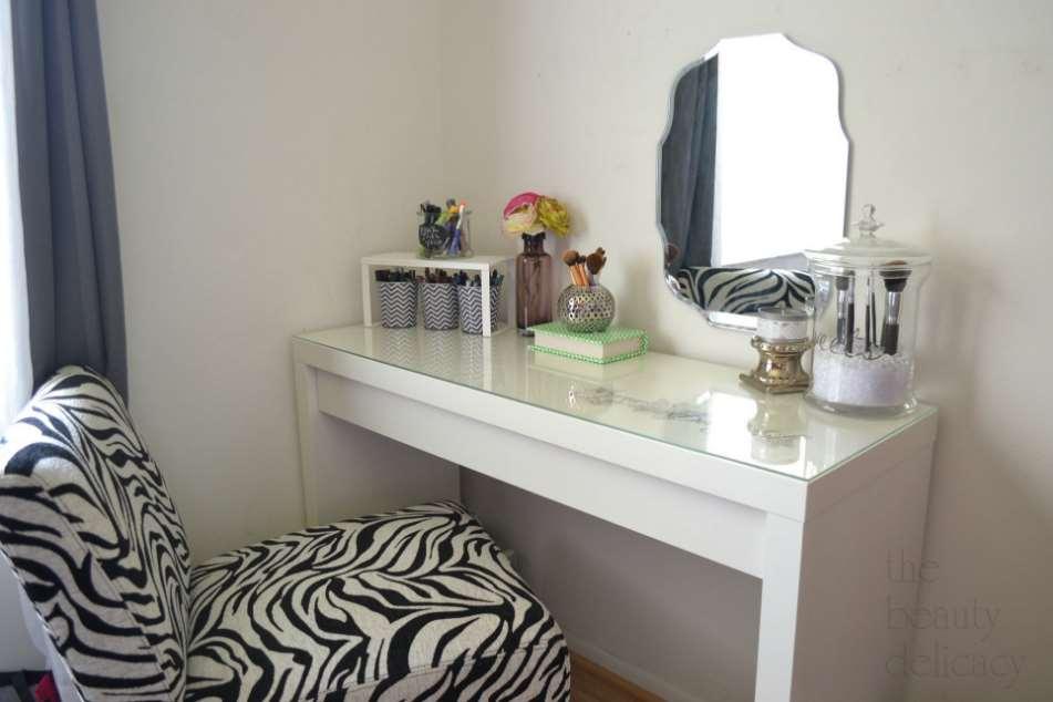 23+ DIY Makeup Room Ideas, Organizer, Storage and Decorating on Makeup Room Ideas  id=74058