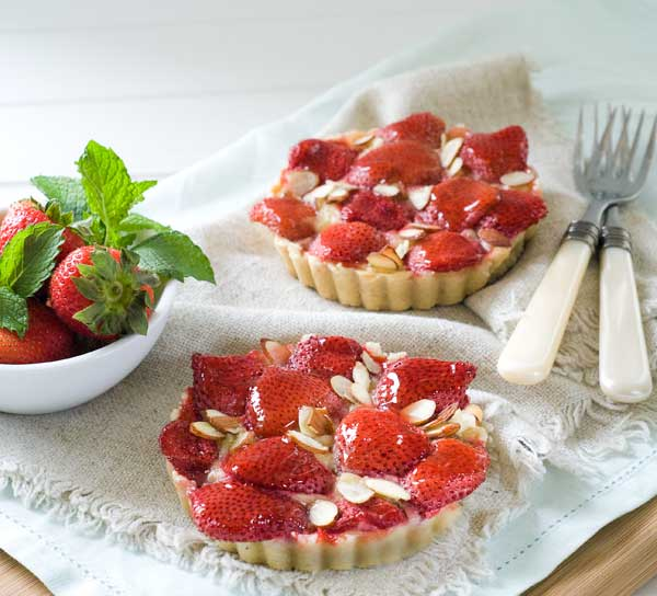 Gluten Free Dairy Free Strawberry Almond Tarts