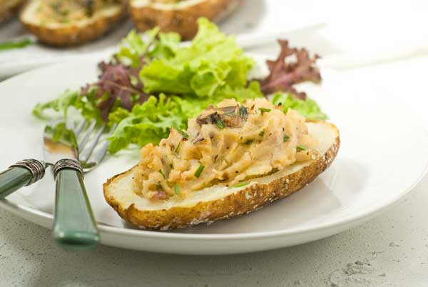 Post image for Gluten Free Horseradish Mushroom Baked Potatoes Recipe