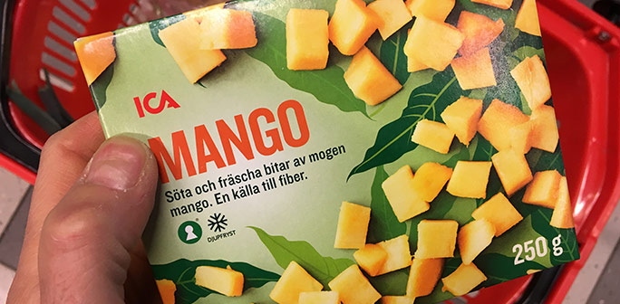 Mango är perfekt i chia-pudding, ofta som frukost