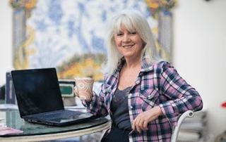 Kathryn Colas at laptop