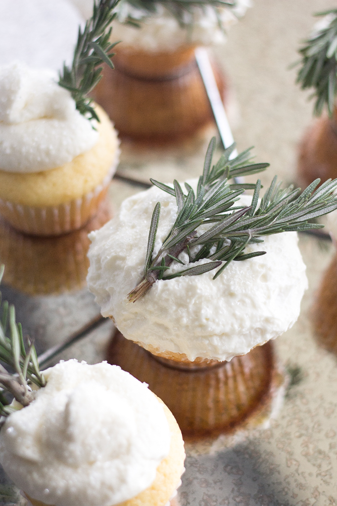 Very Merry Vanilla Cupcake with Buttercream Frosting