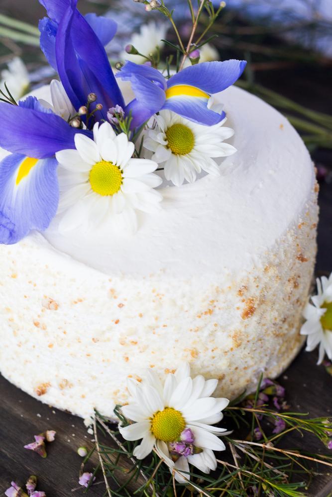 Spring Wildflower Cake