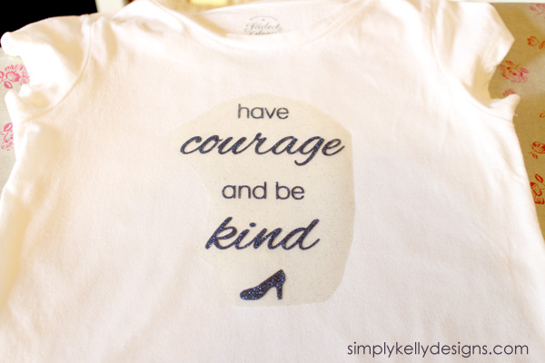 Make this have courage and be kind shirt for your little princess! #moviequote #Cinderella