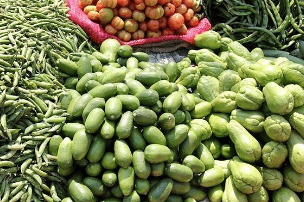 Small Street Vendors Vegetables