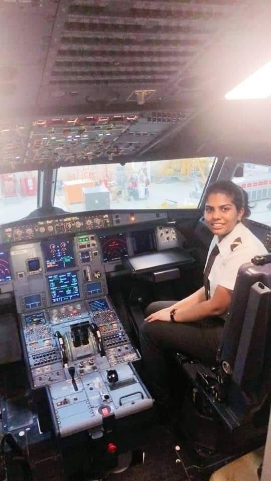 Cockpit Jeni Jerome Pilot