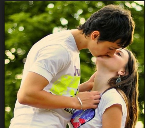 kiss images for a couples hd wallpaper