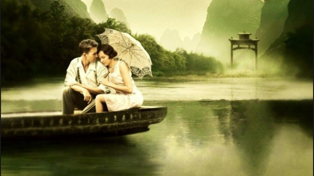 romantic couple image with umbrella HD wall paper