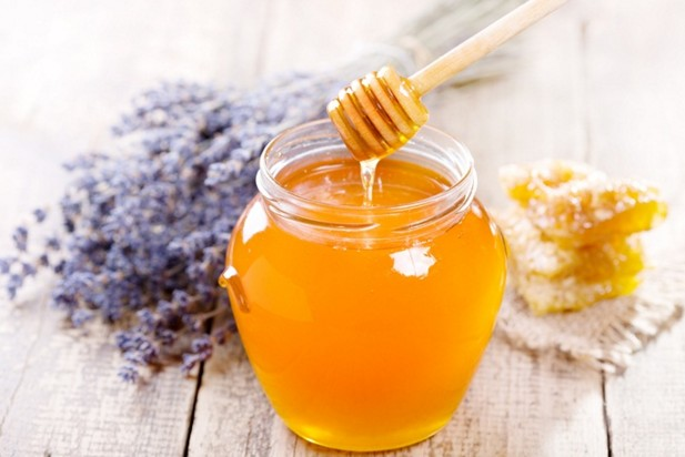 Honey to cure food poisoning