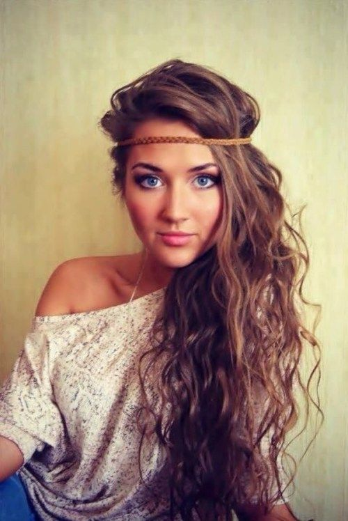 one side hippie hairstyle