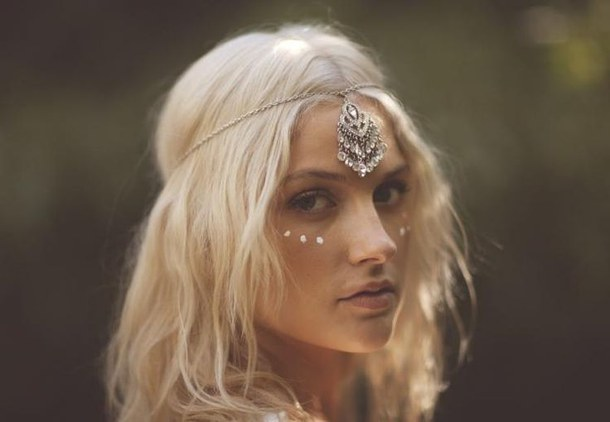 headlight hippie hairstyle