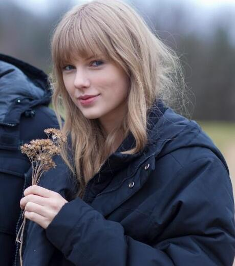 taylor swift in winter